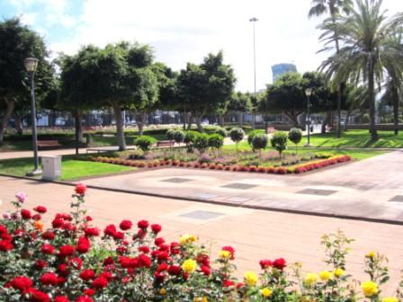 Implementation of irrigation control systems in enclosed parks